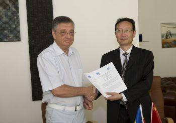 Vizita unei delegații oficiale de la Shanghai Maritime University